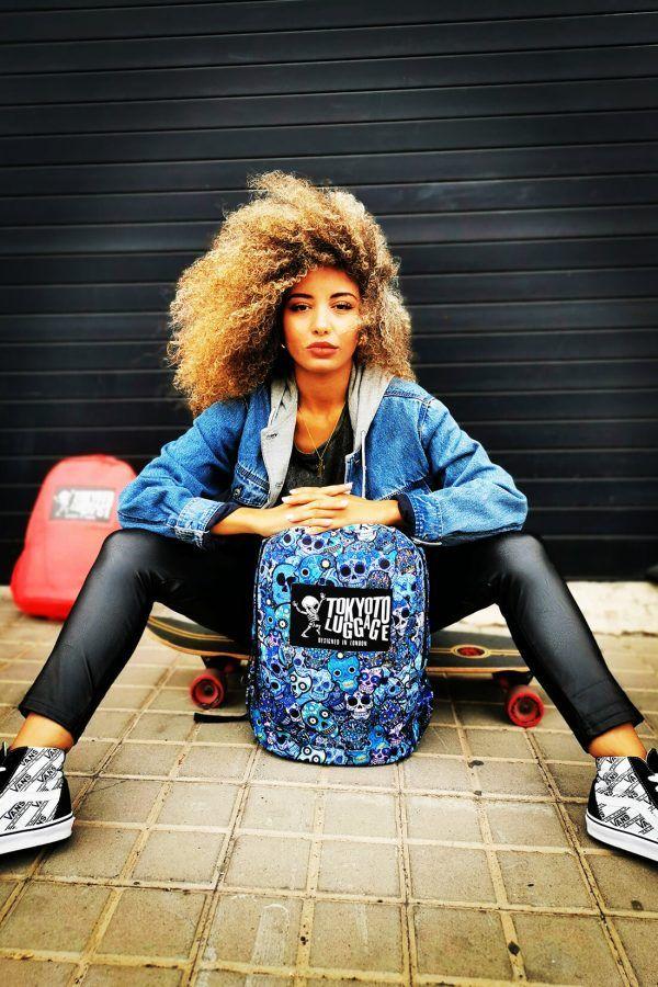 Model with Backpack Blue Skulls